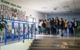 Dzień otwarty XX LO w Gdańsku. XX Liceum Ogólnokształcące zachęcało ósmoklasistów i gimnazjalistów do wyboru tej szkoły [zdjęcia]