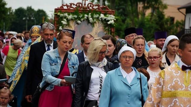 Bielsk Podlaski. Święto Bielskiej Ikony Matki Bożej. Procesja przeszła przez miasto