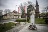 """Pomnik """"Inki"""" w Gdańsku. Sprawca zniszczenia przyznał się do winy [ZDJĘCIA]"""