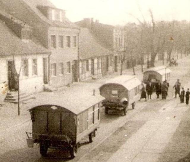 Romskie tabory na ulicy Lipowej w Szczecinku, lata 50
