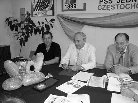 K. Gałdy, M. Wojtasik i R. Buła opowiadali o chlebach z certyfikatami. Foto: KATARZYNA KULIŃSKA-PLUTA