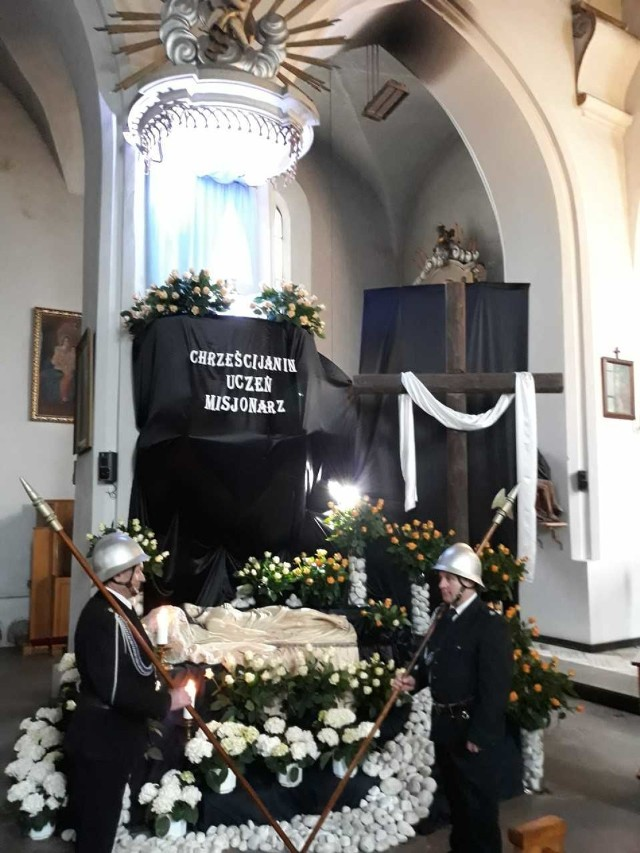 Grób Pański w kościele świętego Mikołaja w Warcie