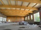 Zobacz jak wygląda hala sportowa przy Szkole Podstawowej nr 8 w Jeleniej Górze