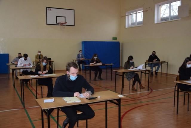 Sesja egzaminu zawodowego w Bobowicku