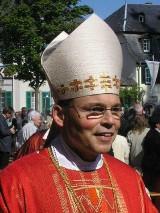 Biskup budował luksusową rezydencję ze środków biednych dzieci?