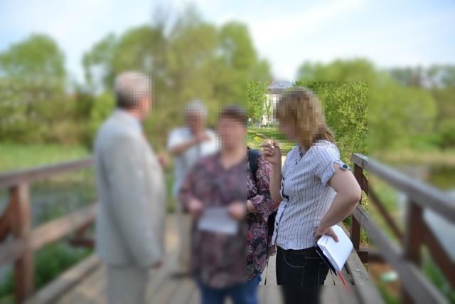 Agnieszka M. w urzędzie w Czarnem pracowała od pięciu lat. Wcześniej zatrudniona była w Debrznie. Także w urzędzie.