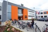 Szkoła w Kokoszkach powołana z naruszeniem prawa. Wyrok sądu