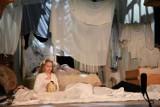 """Gorlice. Dziecięca Grupa Teatralna """"Być może"""" wystąpiła w Gorlickim Centrum Kultury ze spektaklem """"Śni mi się wszystko"""" [ZDJĘCIA]"""