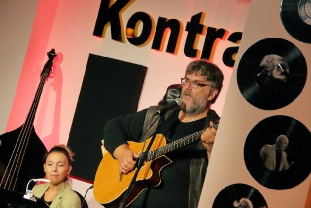 Koncert Wojtka Gęsickiego w studiu KontraBas w Centrum Kultury i Sztuki w Sępólnie Krajeńskim