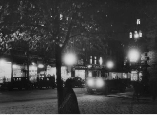 Na przełomie sierpnia i września 1939 r. poznańskie gazety pisały nie tylko o zbliżającej się wojnie. Na targu Sapieżyńskiego rozwijał się handel. Przy ul. Wrocławskiej wybuchł pożar w wędzarni, a w Luboniu 24-latka podjęła nieudaną próbę samobójczą.