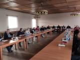 Gostyń. Konsultacje społeczne w sprawie projektu ustawy o OSP. Funkcjonariusze PSP spotykają się w remizach i prowadzą rozmowy [ZDJĘCIA]