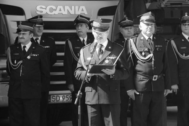 Tomasz Kościow przez 10 lat był szefem dąbrowskich strażaków, w 2018 roku odszedł na emeryturę Zobacz kolejne zdjęcia/plansze. Przesuwaj zdjęcia w prawo - naciśnij strzałkę lub przycisk NASTĘPNE