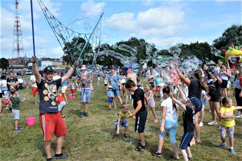 W Goleniowie odbywa się dzisiaj Festiwal Baniek Mydlanych