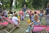 Letni Piknik Rodzinny przyciągnął wielu mieszkańców Goleniowa. Kolejki do każdego stoiska