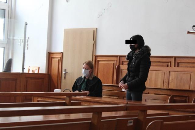 Oskarżona Karolina P. przed krakowskim sądem została uniewinniona od zarzutu zabójstw męża. Uśmierciła go w obronie koniecznej