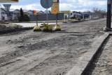 Ulica Zwierzyniecka bez asfaltu. Utrudnienia też na Kozietulskiego [ZDJĘCIA]