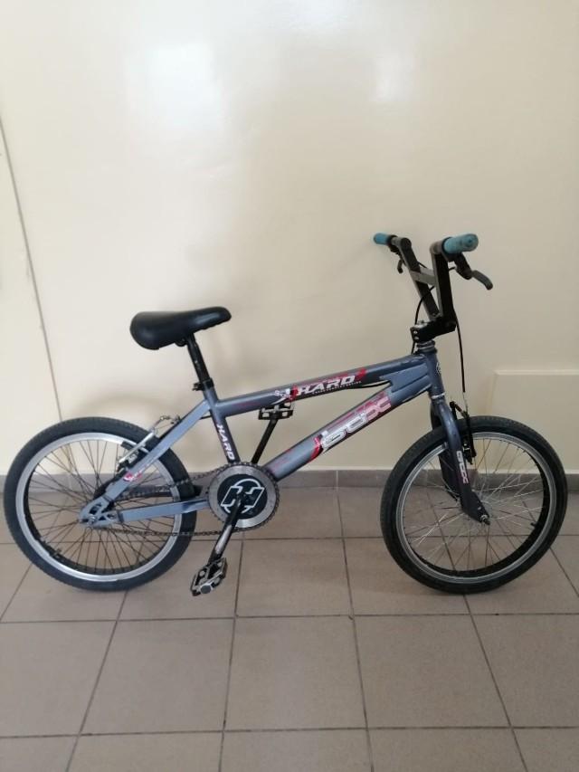 Osoby, które rozpoznają ten rower proszone są o kontakt z komisariatem Toruń Śródmieście tel. 47 754 24 53, 47 754 24 30 lub  47 754 24 52
