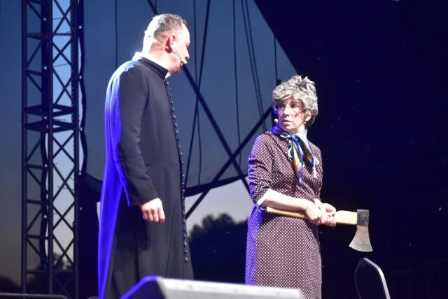 Pierwszy dzień Lubuskiego Lata Kulturalnego w Dąbiu. Przed publicznością wystąpił Kabaret Nowaki.