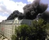 Pożar Urzędu Miasta w Raciborzu! Płonie dach magistratu. Trwa akcja gaśnicza [ZDJĘCIA + WIDEO]
