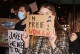 """Blokada Radomska po raz drugi. Trwa protest kobiet """"To jest wojna"""" 2.11 [ZDJĘCIA, FILM]"""