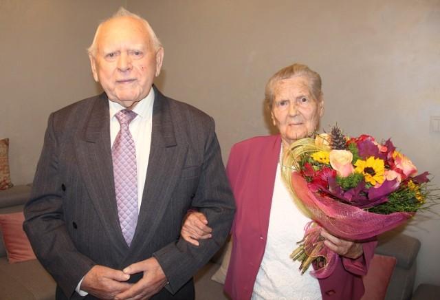 Kamienne gody w Kaliszu. Genowefa i Jan Rychwalscy świętują dziś 70. rocznicę ślubu!
