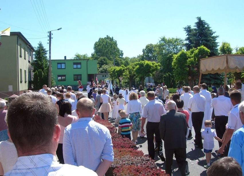 Boże Ciało w parafii św. Floriana w Pleszewie
