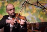 """Orkiestra Kameralna Polskiego Radia """"Amadeus"""" w Poznaniu zaprasza na pierwsze koncerty od rozpoczęcia pandemii. Z kim wystąpi?"""