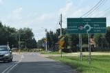 Skrzyszów. Rondo na skrzyżowaniu dróg powiatowych na razie bez patrona. Radni tłumaczą to brakiem nazw ulic i placów w miejscowości