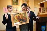Amatorzy plastycy wystawili na sprzedaż swoje obrazy
