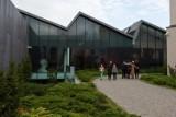 Kraków. Zwiedzanie MOCAK-u bardziej przyjazne. Muzeum wprowadza ciche godziny i tłumaczenia na język migowy