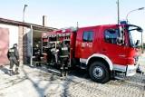 Wrocław: Strażacy uratowali zatrzaśnięte w aucie dziecko