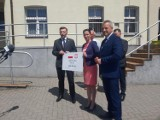Gmina Warlubie. Anna Ośko podsumowała kampanię i otrzymała czek na rewitalizację terenów w Rulewie