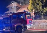 Pożar domu w Istebnej. 19 młodych osób wynajęło dom na Sylwestra