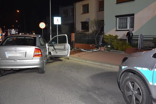Wypadek na skrzyżowaniu w centrum Grodziska. Policjanci zatrzymali kierowcę