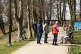 Kloszardzi w sycowskim parku. Taki widok, to wielka antywizytówka dla miasta (AKTUALIZACJA)
