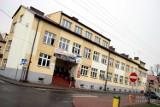 Alarm bombowy w Zespole Szkół Ponadgimnazjalnych w Błaszkach! Matura z opóźnieniem