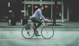 """Dzień bez Samochodu w Radomsku. """"Garnitury na rowery"""" - akcja starostwa z nagrodami"""