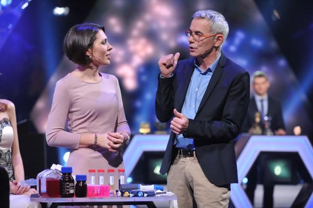 """Dr Bożena Bruhn-Olszewska w styczniowym odcinku programu """"Jaka to melodia?"""" wygrała 13 tysięcy złotych"""