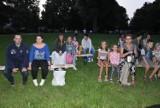 Rekordowa frekwencja na seansie w kinie letnim w Unisławiu. Zdjęcia