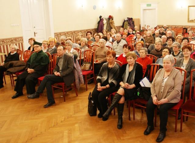 Przed słuchaczami Uniwersytetu Trzeciego Wieku w Chełmnie jeszcze sześć spotkań