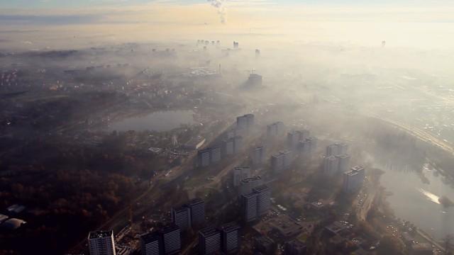 Najbardziej rakotwórcze miasta w Polsce. Niestety przodują miasta z woj. śląskiego.   Zobacz, czy żyjesz w rakotwórczej gminie. Oto ranking. Kliknij NASTĘPNE, lub przesuń w PRAWO