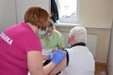 Międzyrzecz. Punkt szczepień w starostwie bije rekordy. Szczepią tutaj pacjentów nawet z…Gdańska czy Krakowa!