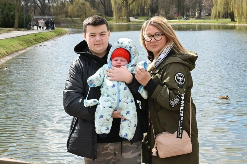 Na rodzinnych spacerach - tak wielu kielczan zdecydowała się...