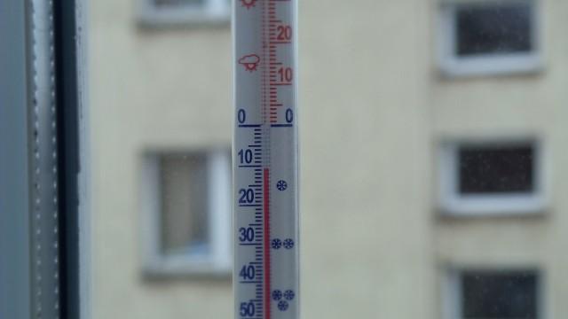 -11 stopni Celcjusza - taką temperaturę pokazał termometr o godzinie 9 w Nowej Hucie