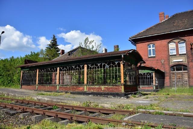 Dworzec kolejowy w Damasławku.