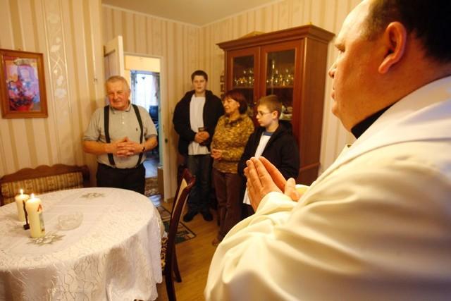 Rozpoczęły się wizyty księży po kolędzie