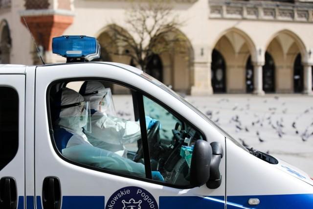 Obecnie w polskich szpitalach hospitalizowanych jest 3,5 tys. osób. 510 wymaga leczenia pod respiratorem.