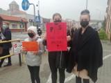 26 października - czwarty dzień protestu w Chojnicach w związku z zakazem aborcji [zdjęcia, wideo]