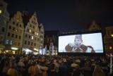 Nowe Horyzonty. Powraca kino na wrocławskim Rynku. Ekran już jest! [ZDJĘCIA]