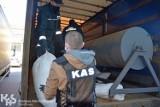 """Toruńscy celnicy skonfiskowali maszyny do produkcji papierosów.  2,5 miliona """"lewych"""" papierosów nie trafi na czarny rynek"""